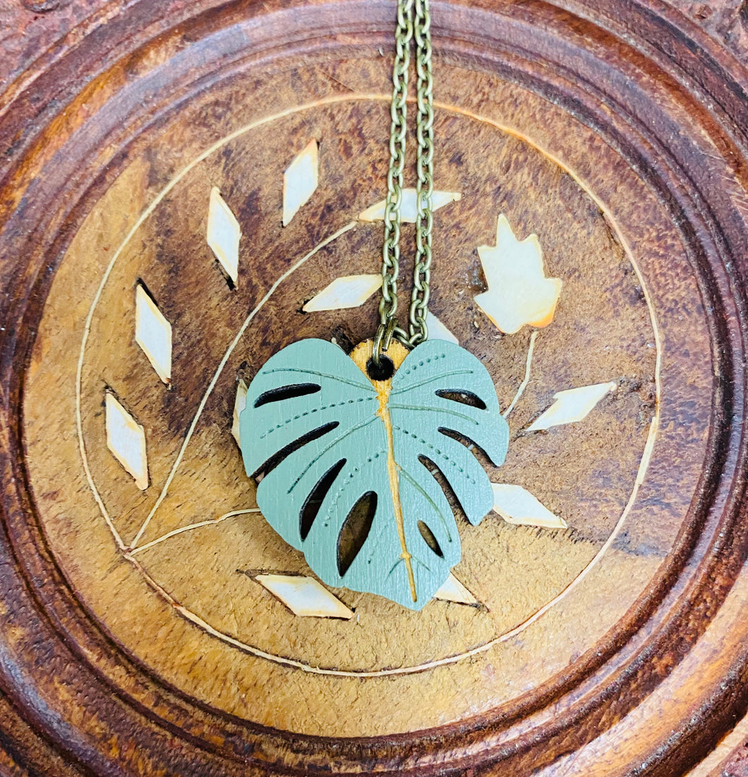 Mwclis Dail Monstera Layla Amber / Layla Amber's Monstera Leaf Necklace