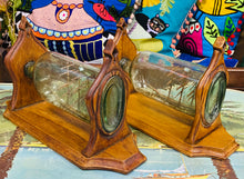 Load image into Gallery viewer, Pâr o Longau mewn Potel mewn Stand Bren wedi eu Cerfio â Llaw  o Ganol y 19fed Ganrif / Pair of Mid 19th Century Ships in Bottles in Hand Carved Wooden Stands