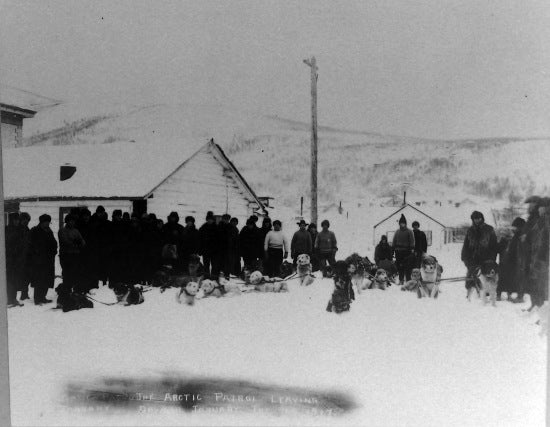 The Arctic Patrol, leaving Dawson, January, 6th, 1917.