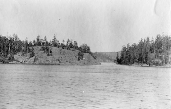 Approach to Five Finger Rapids, 1909.