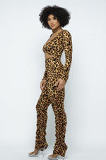 Load image into Gallery viewer, Leopard Printed Crop Set