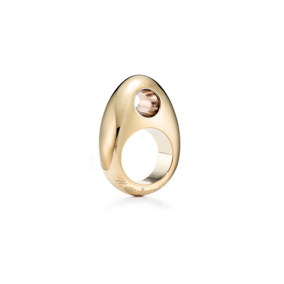 18kt certified sustainable jewelry yellow gold ring with small hole protruding from the top- top view