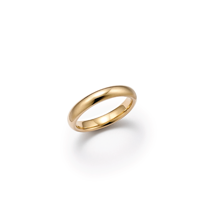 18kt certified ethical yellow gold wedding band with a smooth, rounded edge- top view