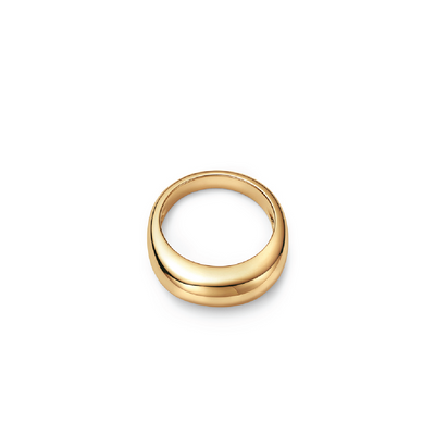 18kt certified ethical yellow gold ring with smooth dome form-top view