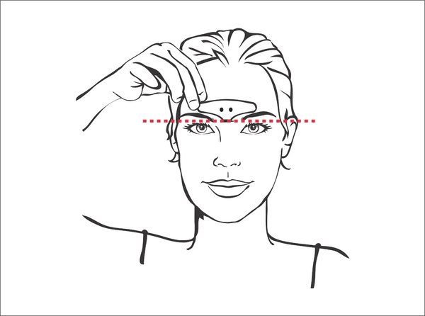 Step 3 illustration - woman aligning the electrode strip on her forehead