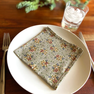 Green Bouquet Vintage Cloth Dinner Napkins - 13in square