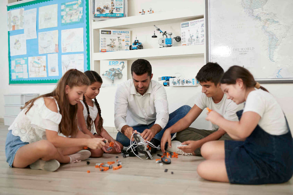 How can Engino Toys help inspire future Engineers become the Inventors of tomorrow?