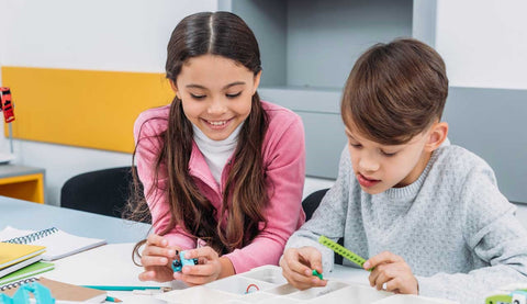 Engino STEM Toys and STEM camps benefits