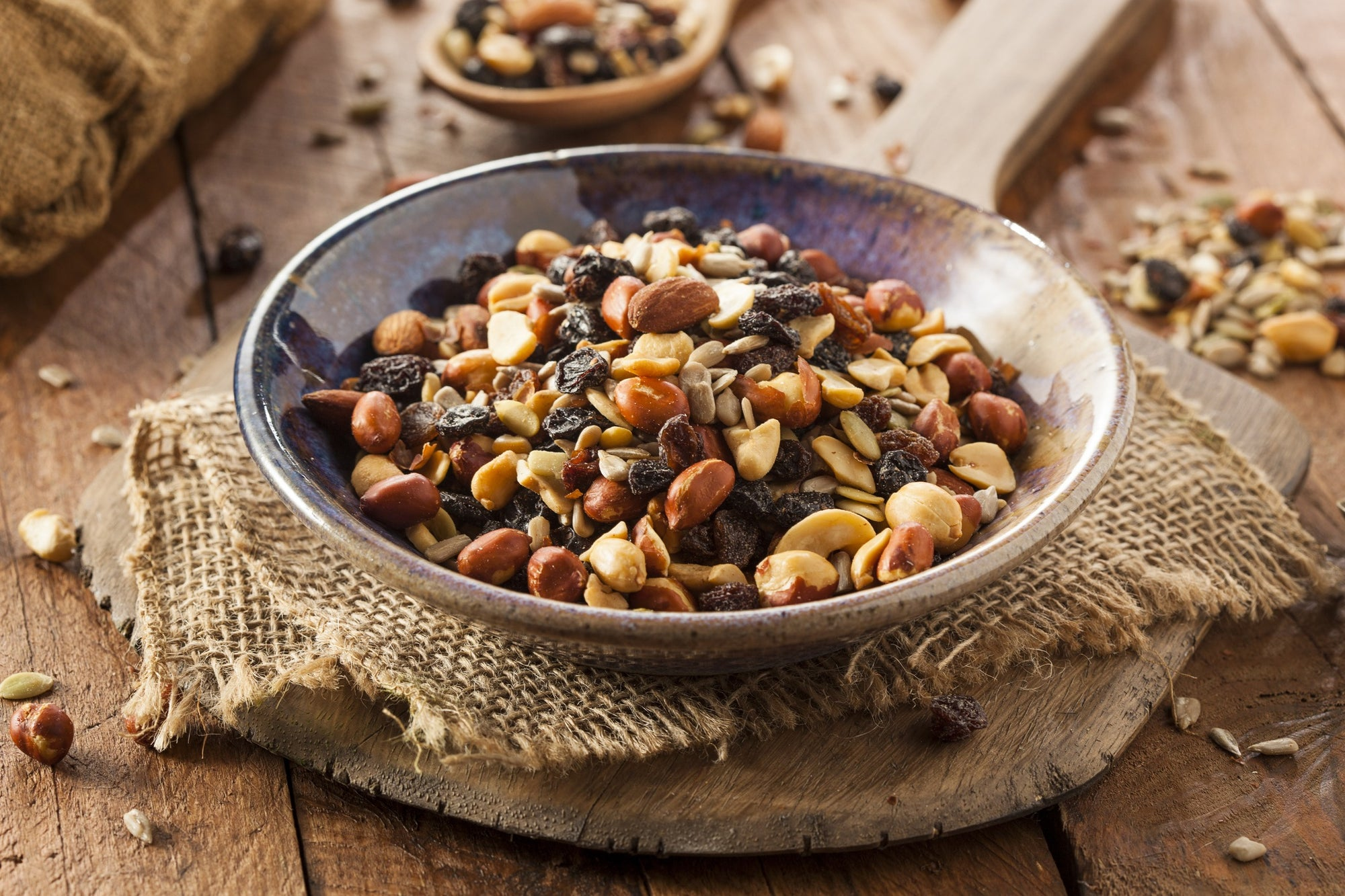 5 Healthy and Delicious Trail Mix Recipes