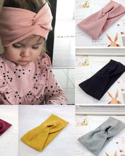 Charger l'image dans la galerie, Winter Baby Headband - Multiple Colors