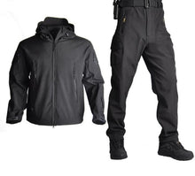 Load image into Gallery viewer, Camo Soft Shell Windproof Outdoor Suit