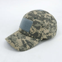 Load image into Gallery viewer, Classic Camo Sports Cap
