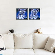 Load image into Gallery viewer, Fashion 5D DIY Crafts Diamond Painting Art Room Cute Tiger Room Wall Decoration