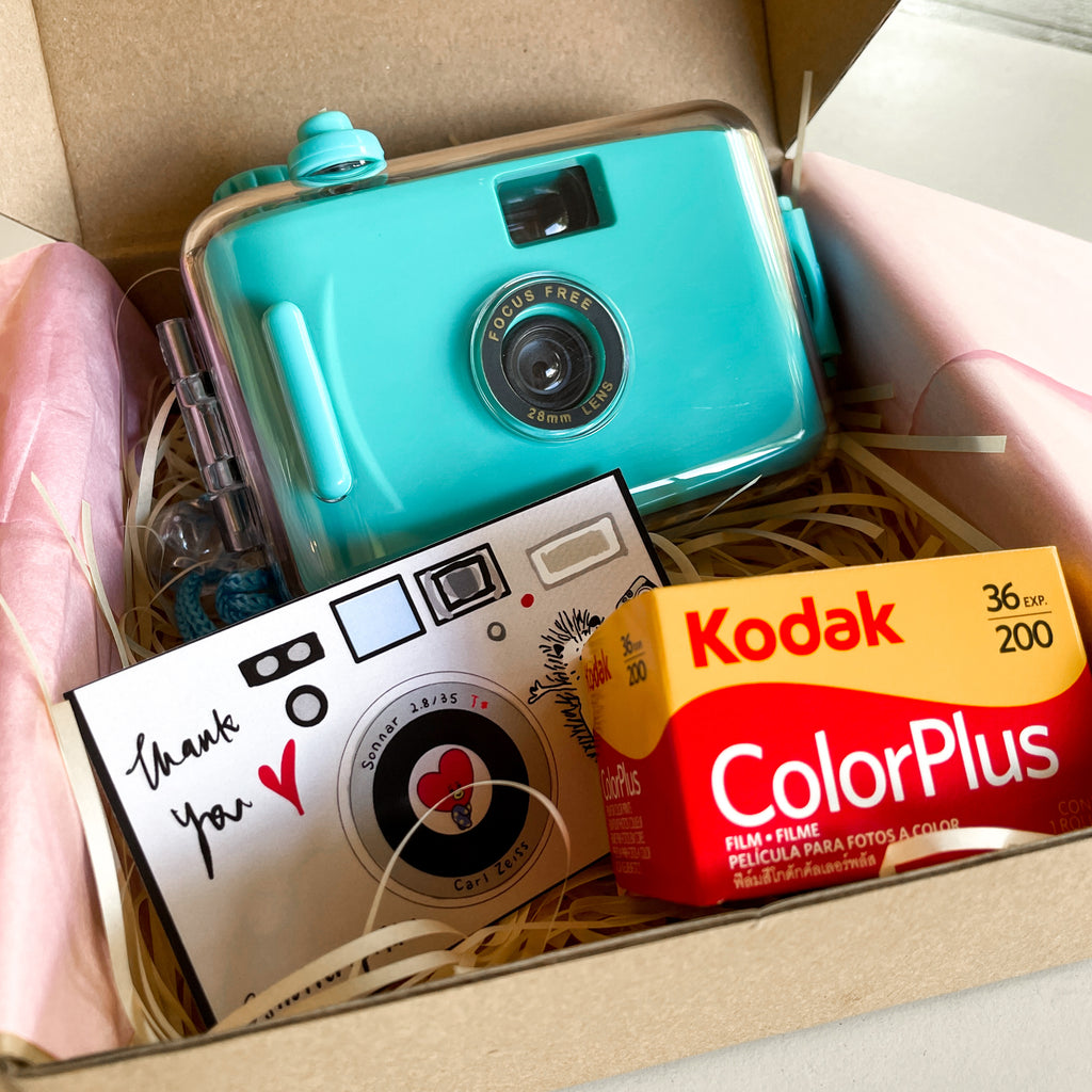 Teal Waterproof Reusable 35mm Film Camera - ShutterUp Film