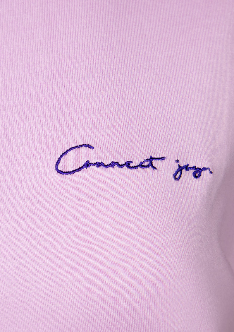 CONNECT JOY Short Sleeve Embroidered Slogan Tee in Light Purple