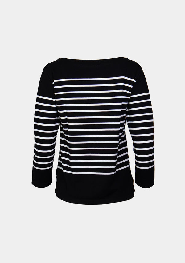 Boat-Neck Long-Sleeved Striped Tee in Black Border