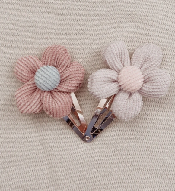 Lola Flower Clip Set