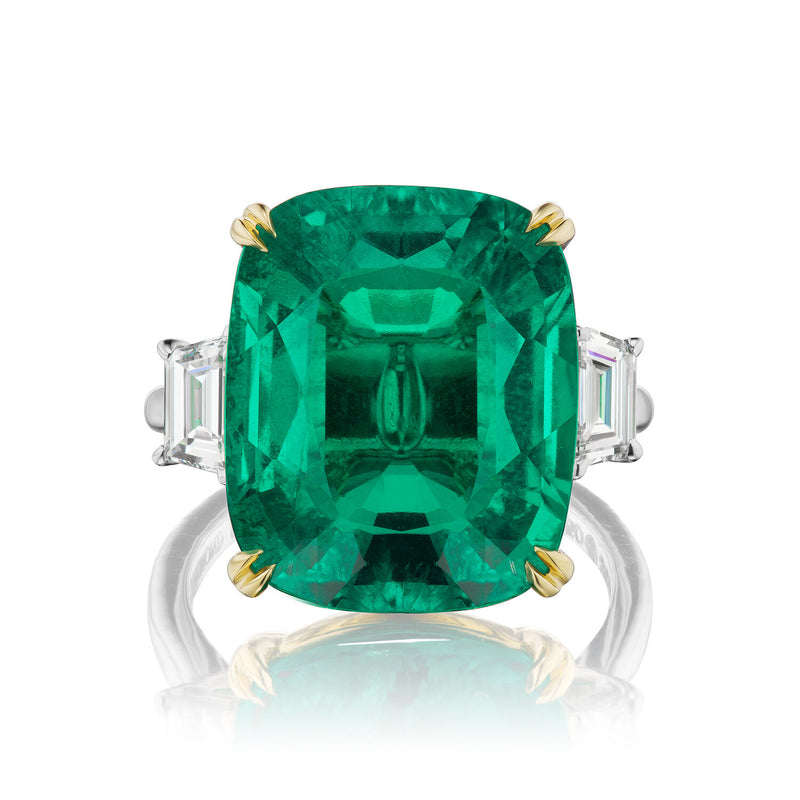 Serena Emerald & Diamond Ring