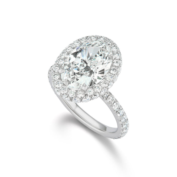 Oval Brilliant Diamond Ring