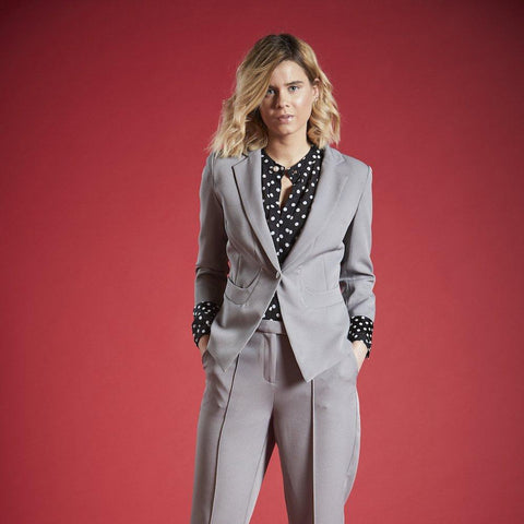 CECIL FITTED LINED BLAZER IN CHARCOAL GREY