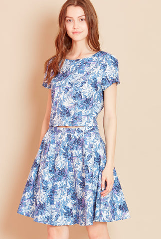 PALM COURT<BR> Leaf Print Skirt in Blue