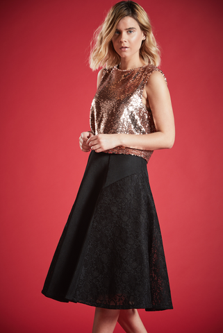 GEM LACE MIDI SKIRT IN BLACK