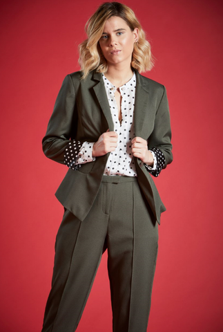 CECIL FITTED LINED BLAZER IN KHAKI
