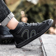 Lace Up Solid Color Casual Sneakers