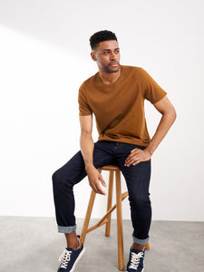 Linwood Organic Tee in Mid Brown