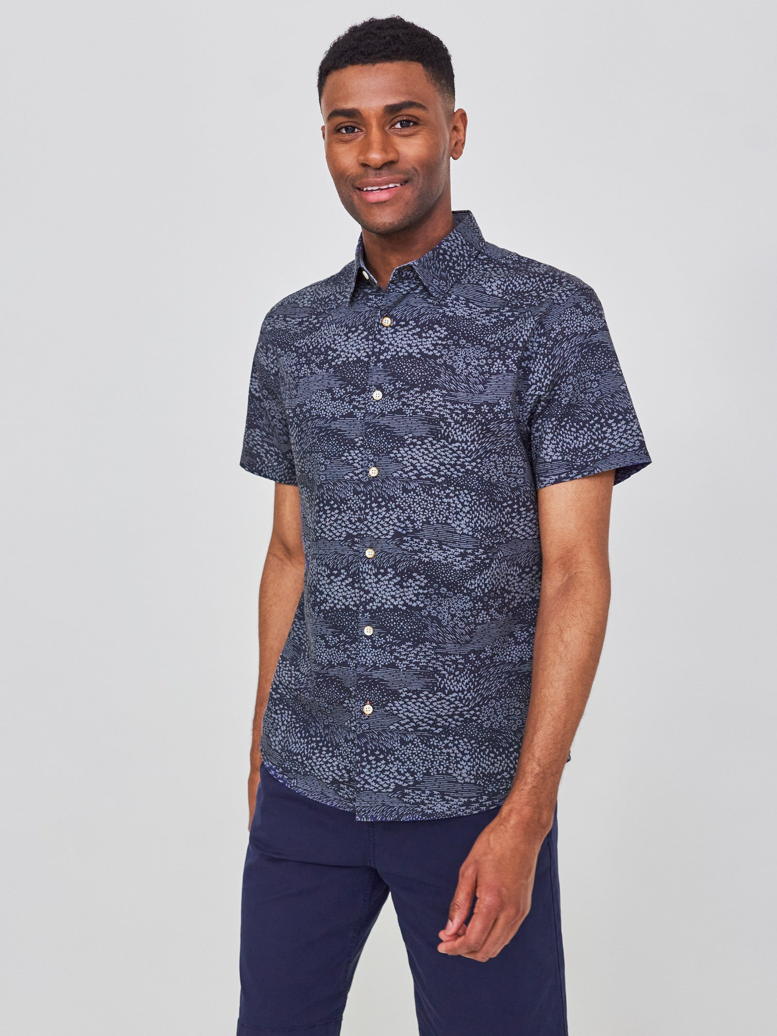 Ocean Print Shirt in Navy
