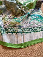 Load image into Gallery viewer, SP128 Minty linen long scarf