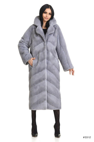 Elegant long mink coat with english collar - Manakas Frankfurt