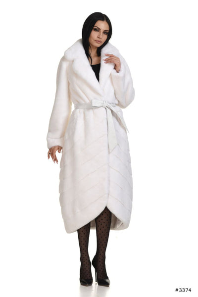 Luxurious long mink coat with front rounded closing - Manakas Frankfurt