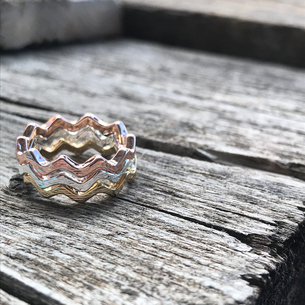 Chevron Stackable Wave Ring