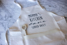 Load image into Gallery viewer, Natural Linen Apron with Pocket - Momma's Kitchen