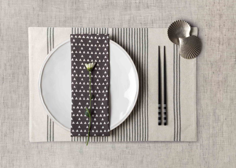 Zan Dinner Napkins (Set of 6) - Charcoal