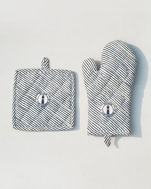 Pot Holder & Mitten Set