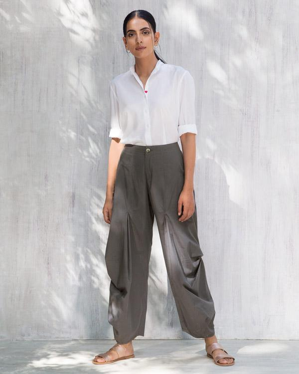 Travel Weekend Trousers - Charcoal