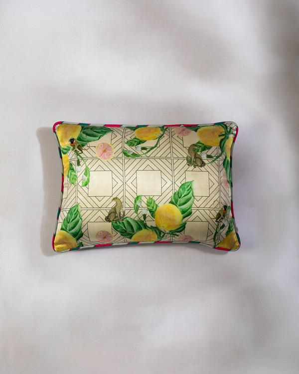 Mandarin Cushion - Ivory