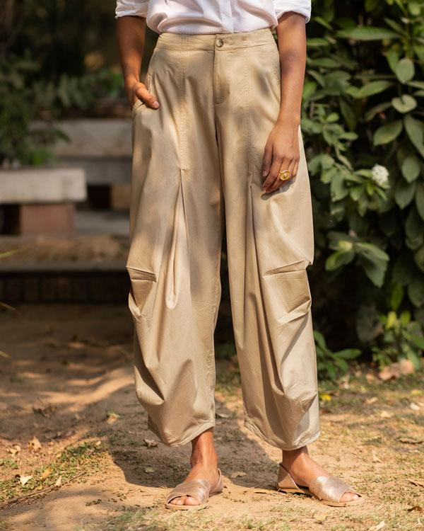 Travel Weekend Trousers - Beige