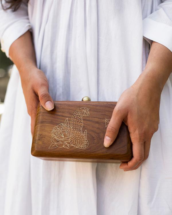 Kanan Clutch - Wood