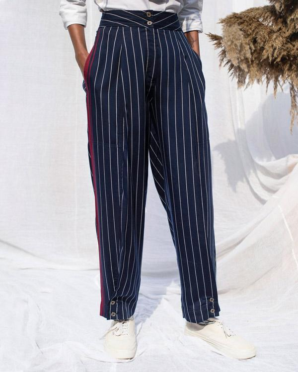 Pleated Narrow Trousers - Navy & White