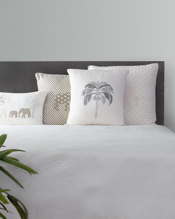 Colombo Matelasse King Bed Cover