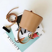 Load image into Gallery viewer, Marie Van Brittan- The Stylishly Fashionable Leather Bucket Bag