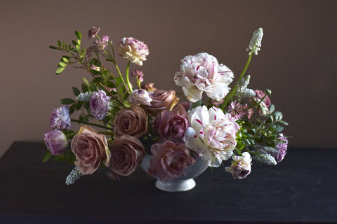 Photo of floral centerpiece by Ingrid Carozzi of Tin Can Studios