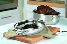 Load image into Gallery viewer, Viking 3-Ply Stainless Steel Oval Roaster with Metal Induction Lid and Rack, 8.5 Quart