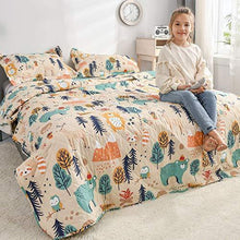 Load image into Gallery viewer, Kids Quilt Twin Size Boys Cute Bedspread Coverlet Animal Bear Bedding Children Printed Quilt Animal Forest Cartoon Bedspread Reversible Lightweight Kids Quilts+2 Pillow Shams for All Season - PHUNUZ