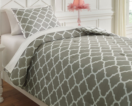 Media Signature Design by Ashley Comforter Set Twin image