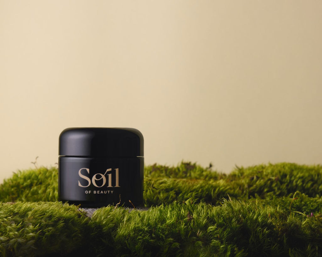 Essence Balm was born from the long experience of a skin therapist.