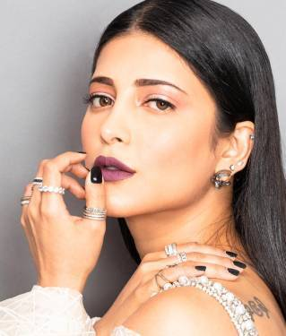 Shruti Hassan Wearing Celebrity Bridal Jewellery Amber Nuit Studs
